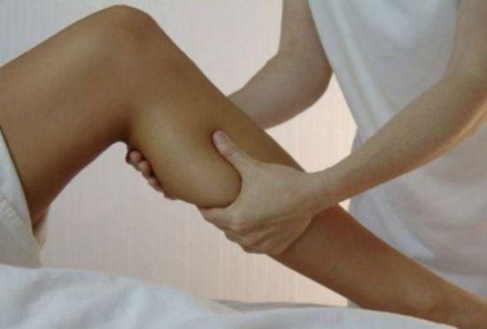 Пальпация икроножной мышцы