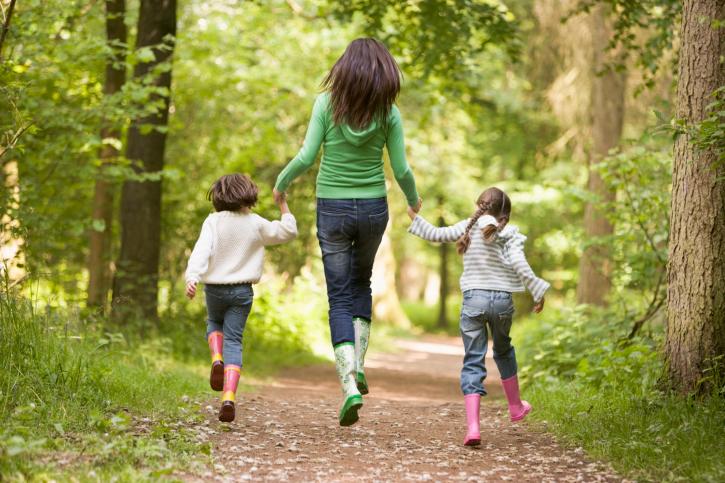 Много ходите, чаще бывайте на свежем воздухе