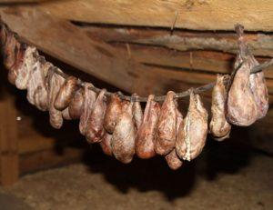 Приобретение бобровой струи у охотников