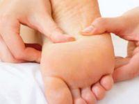 Шишки на ногах у большого пальца